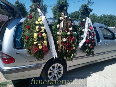 transport funerar iasi coroane naturale